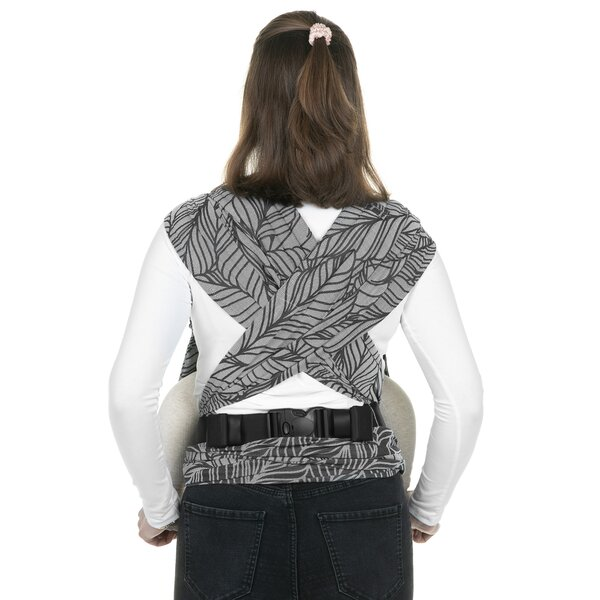 Fidella® FlyClick Plus - Halfbuckle Baby carrier - Dancing Leaves - black & white - Toddler
