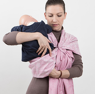 Amandas Tandem Hip Carry with Sling-Rings tying instruction step 13