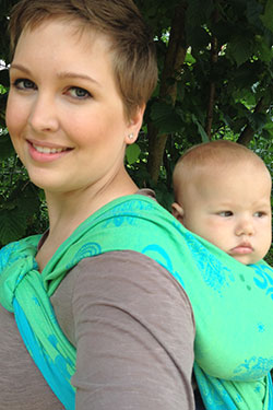 Half Jordan Back Carry mit Fidella Shiva Spirit green